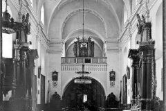 klasztor-2-pinczow