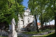 fasada-Sanktuarium-Mirowskiego-w-Pińczowie