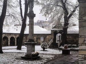 Sanktuarium - pierwszy śnieg